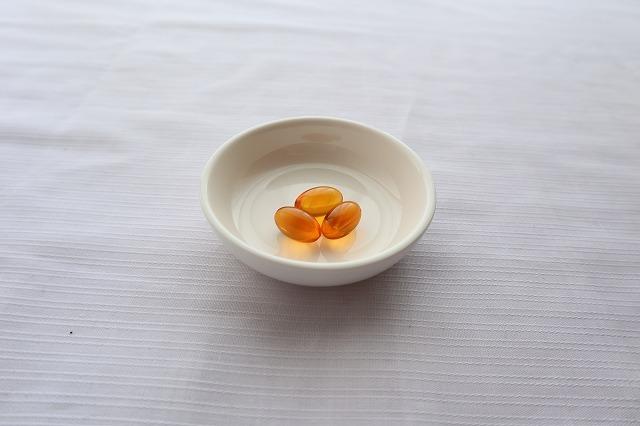 さかな暮らしサプリをお皿に盛ったところ